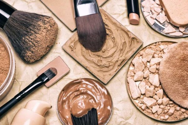 important reasons for cleaning makeup brushes.